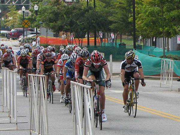 My teammate Mike Lackey rode a good smart race in the Cat 3 race on Saturday always fighting to stay near the front.
