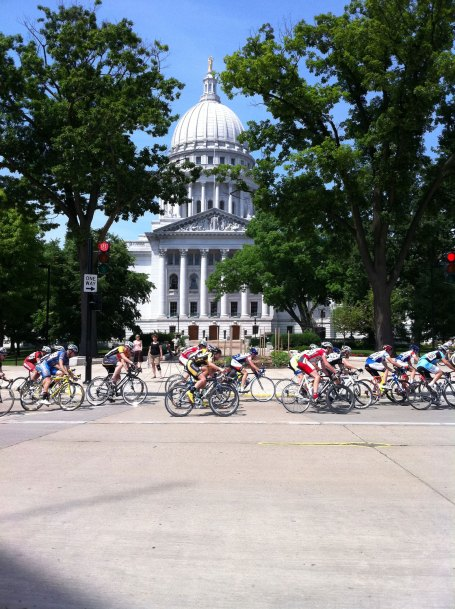 The masters 35+ cat 3/4 field in front of the capitol