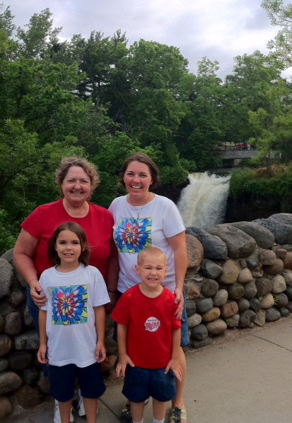 I like the red white color matching at Minnehaha Falls