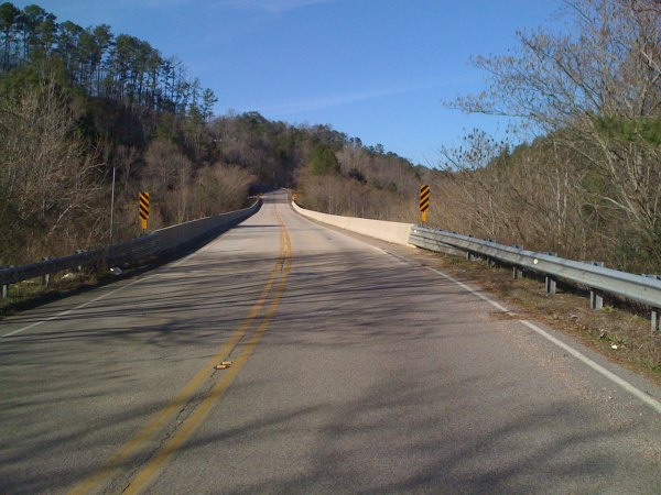 The Church St climb into warrior from the bridge crossing the Warrior River