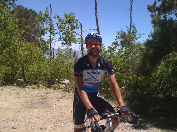 2 hours 21 minutes later (from the Catalina Highway intersection), I was at the top