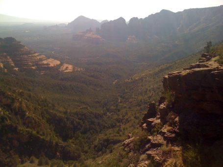 View looking back down into Sedona from the Schnelby Hill vista