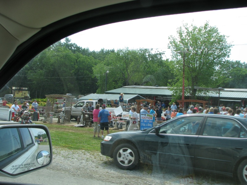 Auction near the Tennessee border
