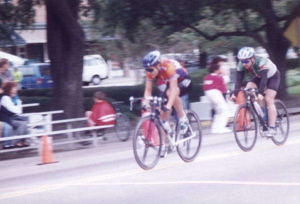 Tour de Bloom criterium - I made it into the winning break in the Cat 4s, which gave me enough points to cat up to Cat 3 at the race and then double-up to race the Cat 3 race where I believe I just finished in the pack