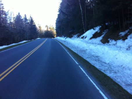 Lots of snow on the climb back up 441 to Newfound Gap