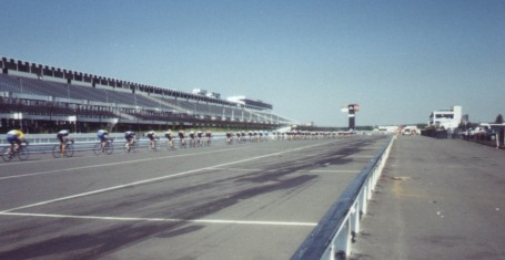1997 - Tour de Pocono pro-am field strung out (this was pretty much the entire race ... single file through the motorcycle infield and then half a lap around the Nascar track)