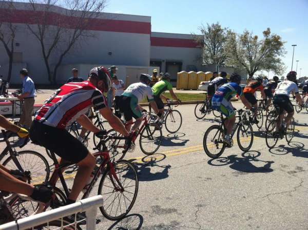 My friend Jeff Fuller from Birmingham raced the Cat 5 race right as I was leaving to go warm up
