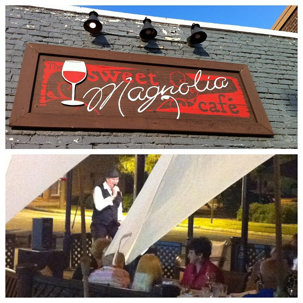 Live entertainment at the Sweet Magnolia Cafe at the end of Day 1
